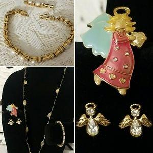❤3-$25 Avon Angel Gold Tone Jewelry Set Bundle